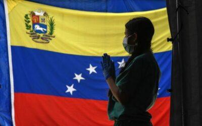 Autocracia: un virus que se propaga – Silvia Daniela Solórzano
